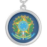 """""""Collar del escudo de armas del Brasil"""" Collar Plateado"""