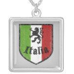 Collar del escudo de la bandera de Italia