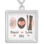 Collar del esquí del amor de la paz