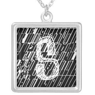 Collar del fragmento del monograma de la letra S