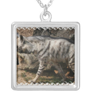 Collar del Hyena rayado