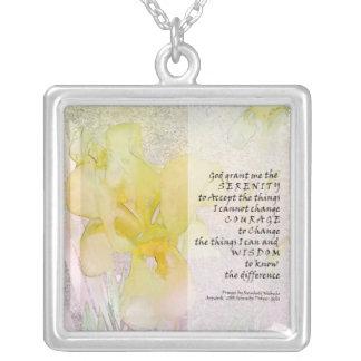 Collar del iris amarillo del rezo de la serenidad