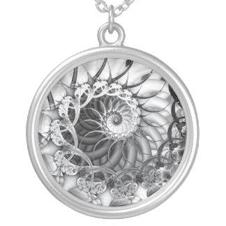 """Collar del """"jardín espiral"""""""