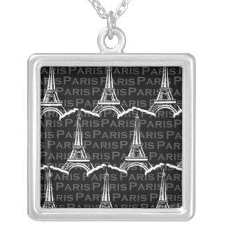 Collar del modelo de París de la torre Eiffel