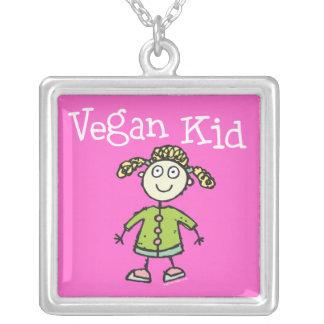 Collar del niño del vegano del chica