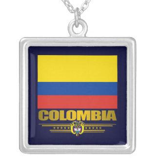 """""""Collar del orgullo de Colombia"""" Collar Plateado"""