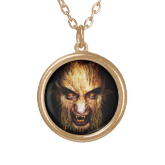 Collar del oro del hombre lobo