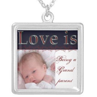 Collar del personalizable del regalo de la abuela
