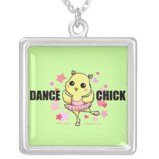 Collar del polluelo de la danza (personalizable)