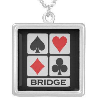 Collar del puente