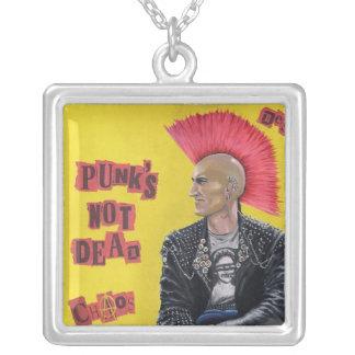 Collar del punk del británico