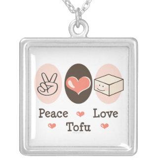 Collar del queso de soja del amor de la paz