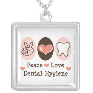 Collar dental de la higiene del amor de la paz