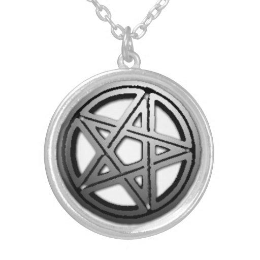Collar doble del Pentagram