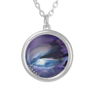 collar dolphin round pendant necklace