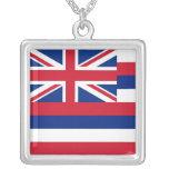 Collar elegante con la bandera de la Hawaii