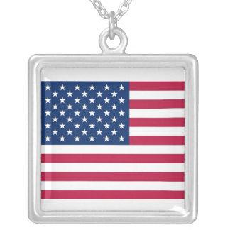 Collar elegante con la bandera de los E.E.U.U.