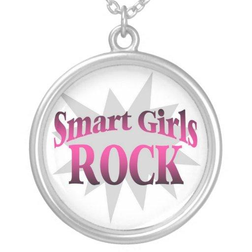 Collar elegante de la roca de los chicas