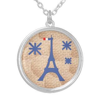 Collar elegante de París de la torre Eiffel del vi