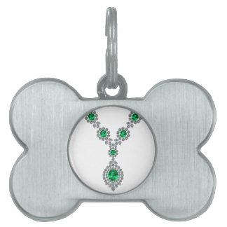 Collar esmeralda largo con el colgante placas de mascota