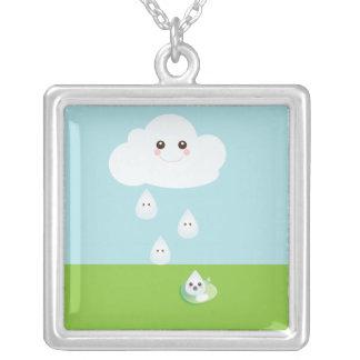 Collar feliz de la nube