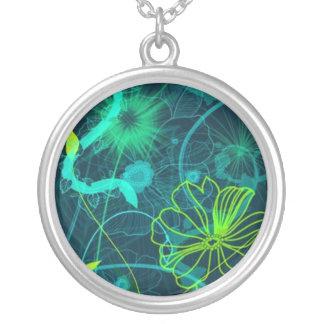 Collar floral abstracto