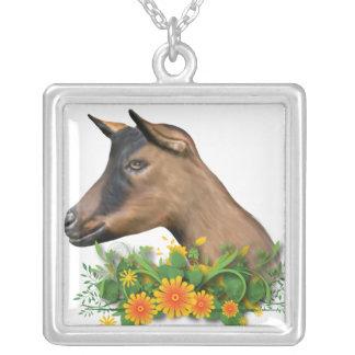 Collar floral de la cabra de Oberhasli
