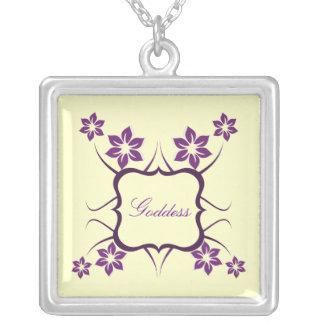 Collar floral de la diosa, púrpura