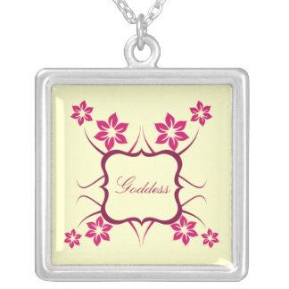 Collar floral de la diosa, rosado
