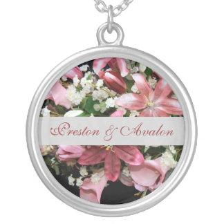 Collar floral elegante de la cadena de la plata de