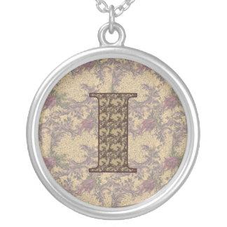 Collar floral elegante de la inicial I del monogra