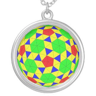 Collar geométrico del arte del poliedro
