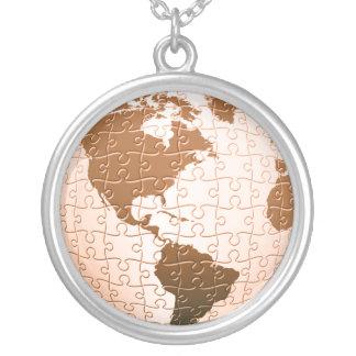 Collar global de la plata esterlina del rompecabez