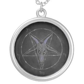 Collar gris de la plata esterlina de Baphomet