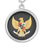 Collar indonesio del emblema nacional