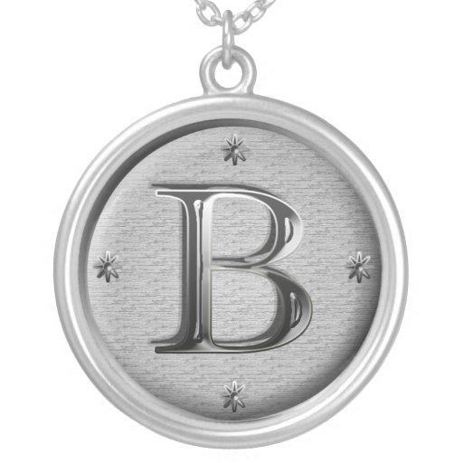 collar inicial de B