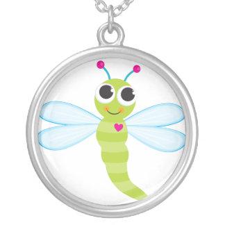 Collar lindo de la libélula