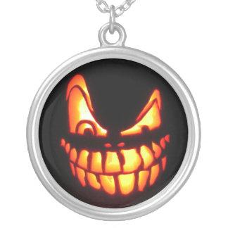 Collar malvado de la linterna del o de Halloween J