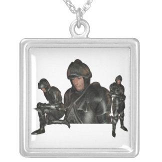 Collar medieval del guerrero