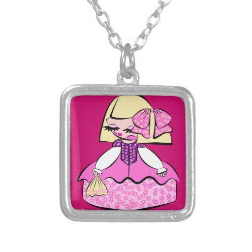 collar menina rubia