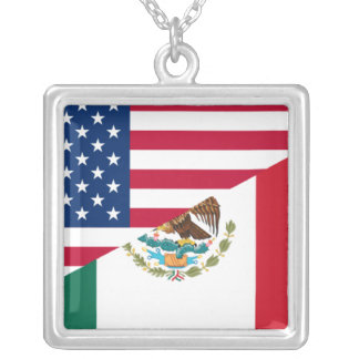Collar mexicano-americano de la bandera