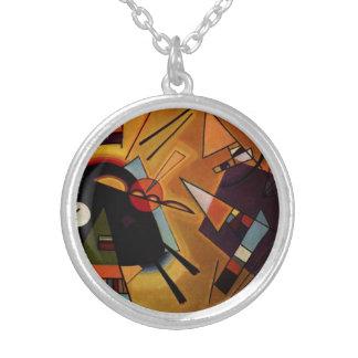 Collar negro y violeta de Kandinsky