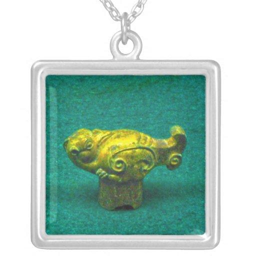 Collar - ornamento animal de la dinastía de Han, C
