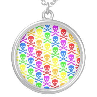 """""""Collar pendiente de los cráneos del arco iris"""""""