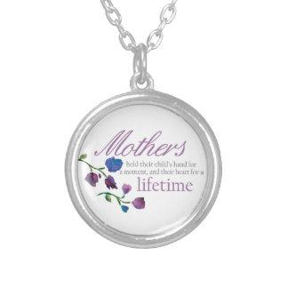 Collar perfecto del día de madre - floral