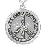 Collar personalizado del signo de la paz de la ceb
