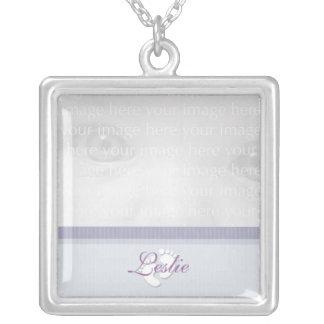 Collar púrpura de la plata de la foto del bebé