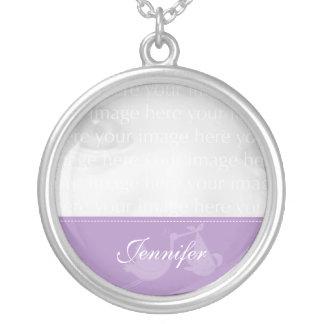 Collar púrpura de la plata de la foto del bebé de