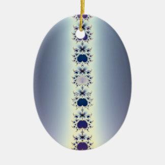Collar púrpura adorno ovalado de cerámica