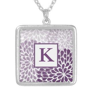 Collar púrpura del crisantemo